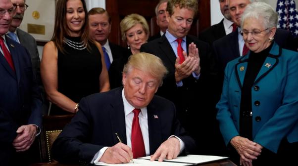 Trump Slashes Key Obamacare Subsidies