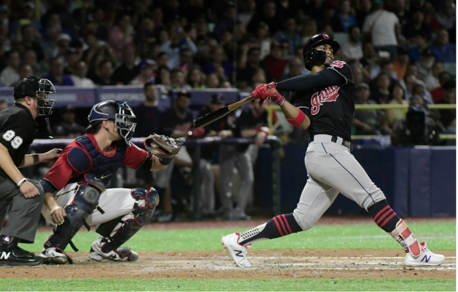 Indians Kick off Puerto Rico Series With a Win