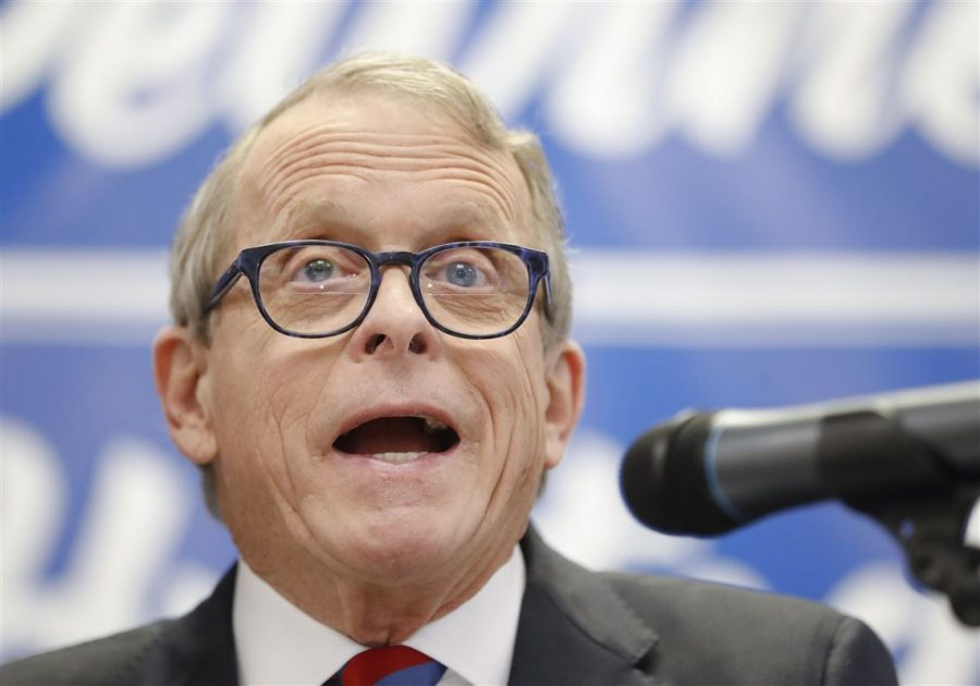 Governor+Mike+DeWine+Signs+Heartbeat+Bill
