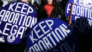 Alabama signs bill banning abortion