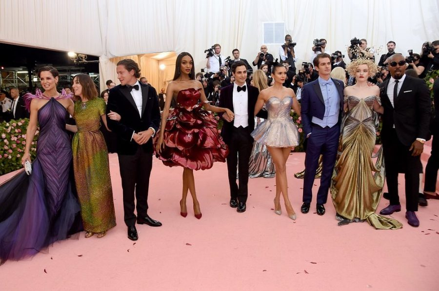 NEW YORK, NEW YORK - MAY 06: Jamie Foxx, Andrew Garfield, Jourdan Dunn, Julia Garner, Nina Dobrev, Vito Schnabel, Gia Coppola, Katie Holmes and Zac Posen attend The 2019 Met Gala Celebrating Camp: Notes on Fashion at Metropolitan Museum of Art on May 06, 2019 in New York City. (Photo by Jamie McCarthy/Getty Images)