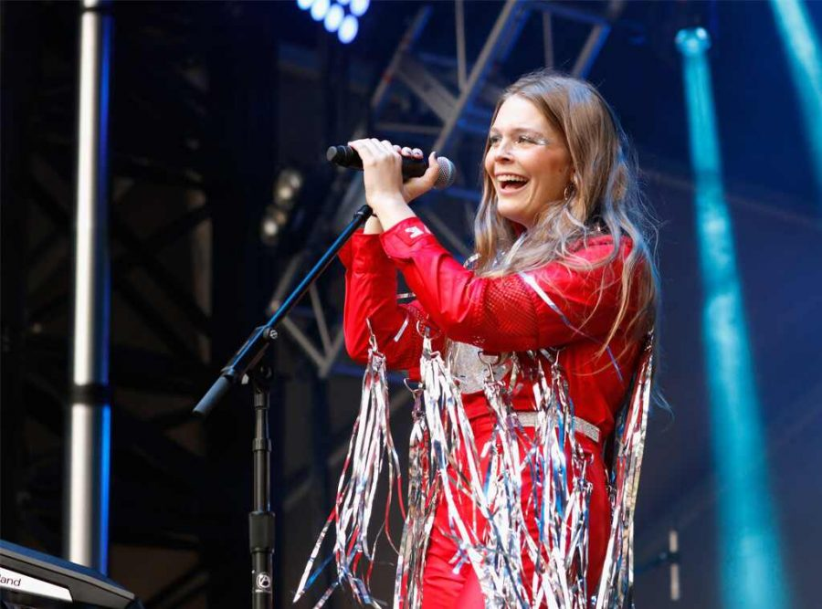 Maggie Rogers Fights Back Against Sexual Harassment at Own Concert